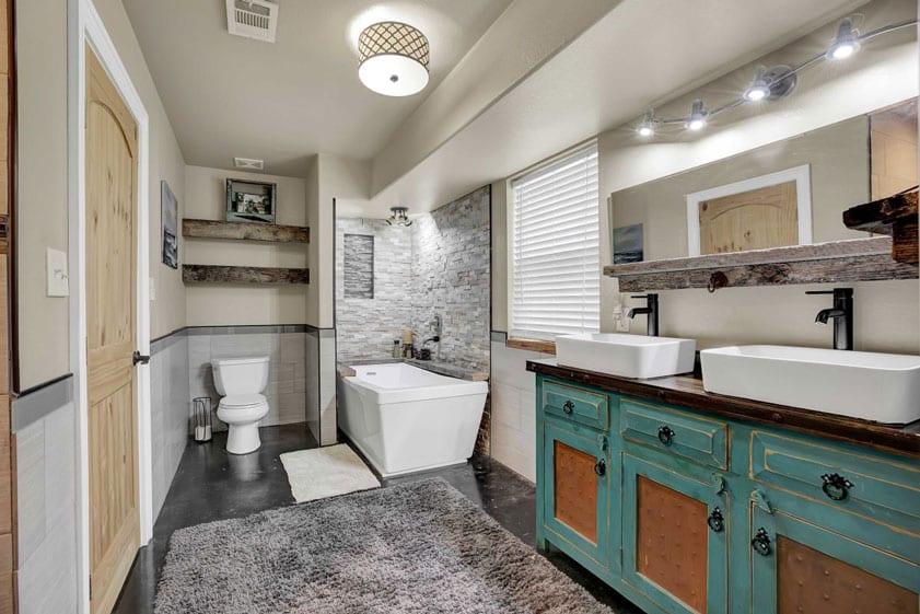 MLS listing photo of a large Las Vegas bathroom
