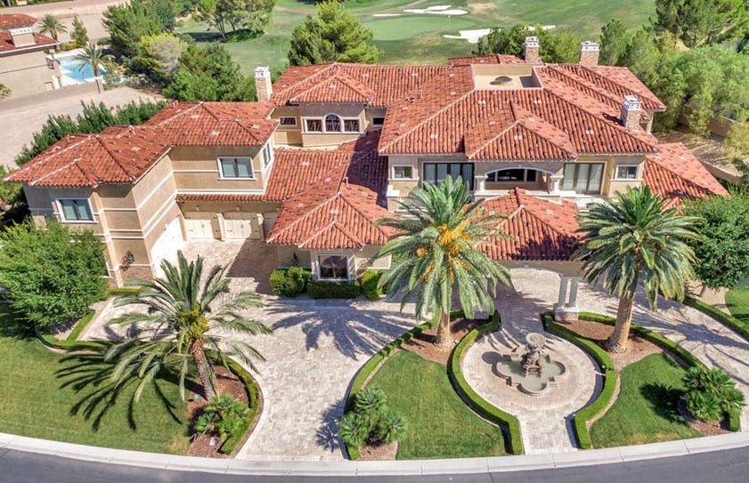 Drone real estate photo of a Las Vegas home on a golf course